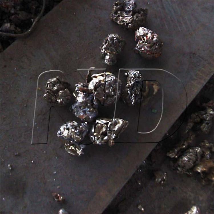 为什么金属破碎机打碎的废金属会成球型?